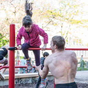 Esterhazypark ISW Training Never Give up - Sportplatz - Definitiv - lebenslange Motivation mit Wahrheit – inklusiv Gratis Training - jetzt Fitness risikofrei - Calisthenics - Vienna Österreich - Austria - Street Workout