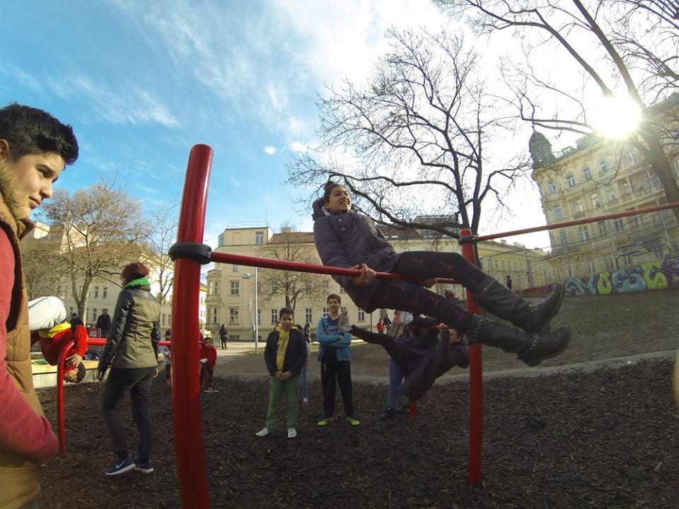 Esterhazypark - Sportplatz - Trainingspark ISW - Vienna Austria - Österreich Wien - Mariahilf - Recke für Kinder