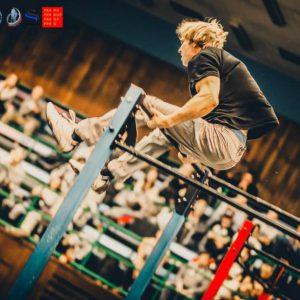 Europameisterschaft Oleksii Odnolkin – European Street Workout Champion cheep 2014 – Eine Übung