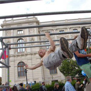 isw-streetlife-festival-2016-one-arm-front-lever- Großartig - Überraschende Weg - lebenslange Motivation mit Wahrheit – garantiert Gratis Training - Fitness - Calisthenics - Vienna Österreich - Austria Wien – kostenlos Street Workout