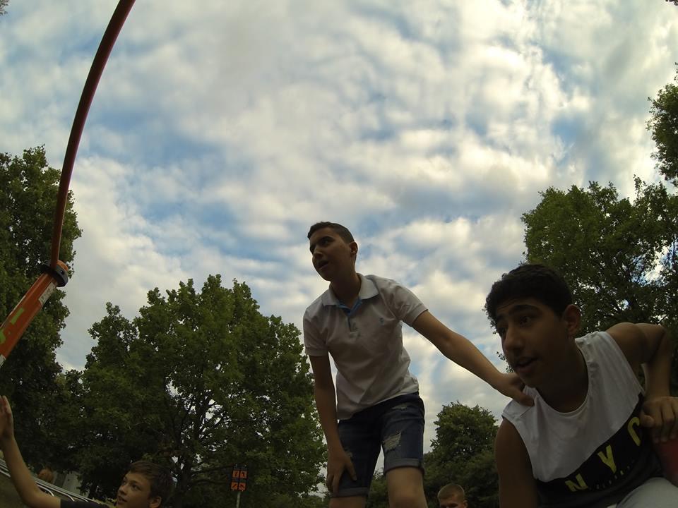 ISW EVENT GEMEINSCHAFT VON DONAUINSEL Voll Motivierte Jungs