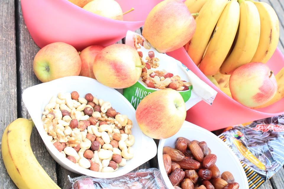 ISW EVENT - Fit im Park - Bio Datteln, Haselnüsse, Keshe, Cashew, Walnüsse, blanchierte Mandelkerne und Früchte