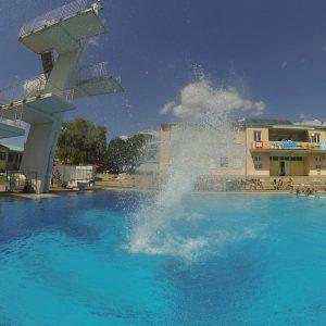 Laaerbergbad - Trainingspark ISW - Vienna Austria - Österreich Wien - Favoriten - Schwimmingpool mit Sprunganlagen
