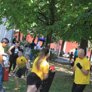 Nachbarschaftsfest in Ottakring mit ISW - International Street Workout - Komische Kohorte - Gratis Training - Calisthenics - Fitness - einfach Motivation - Vienna Österreich - Austria Wien