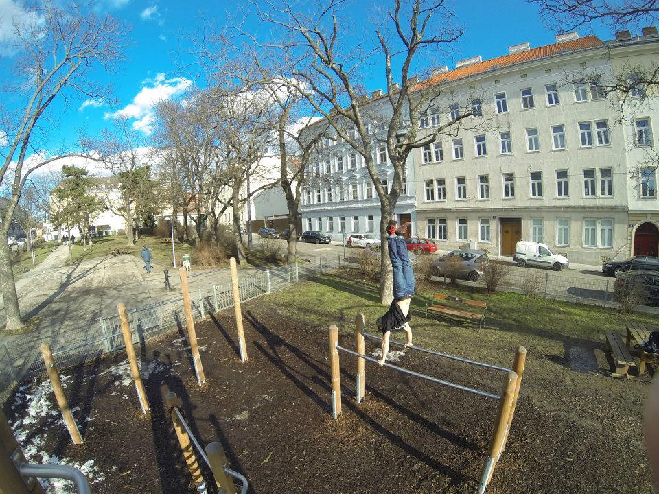 International Street Workout ISW - Österreich Wien - Vienna Austria - Roßauer Lände - Donaukanal - Entwicklung heißt mehr als nur »Mehr Häuser in mehr Städten«
