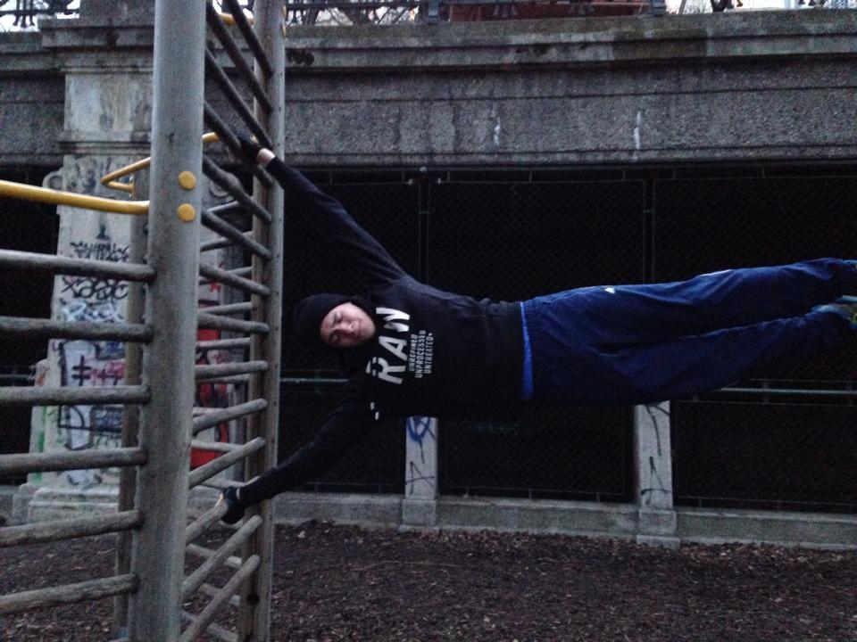 International Street Workout ISW - Österreich Wien - Vienna Austria - Roßauer Lände - Training - Wer glücklich war, der wiederholt sein Glück im Schmerz - 17. Februar 2014