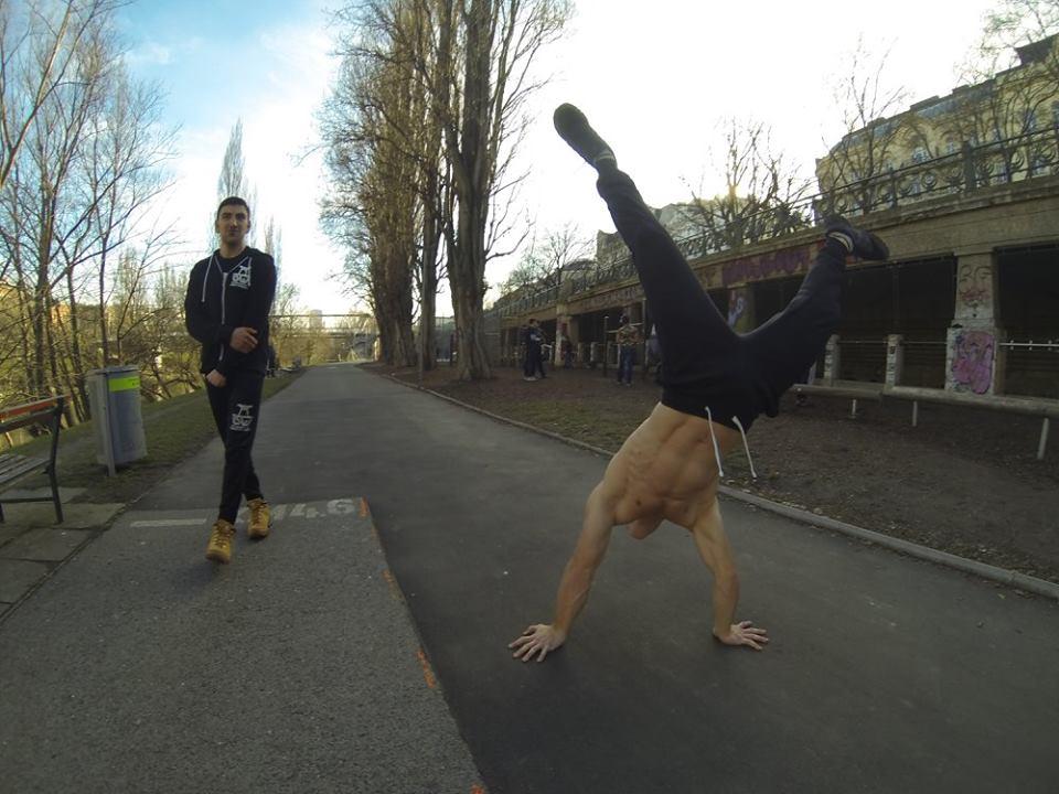 International Street Workout ISW - Österreich Wien - Training - Calisthenics - Vienna Austria - Wenn die Menschen nicht einander schmeichelten, könnten sie kaum in Gemeinschaft leben