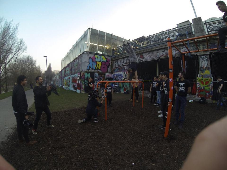 International Street Workout ISW - Österreich Wien - Training - Calisthenics - Vienna Austria - Der Verzicht auf Privilegien zum Wohle der Gemeinschaft ist eine Grundlage der Disziplin
