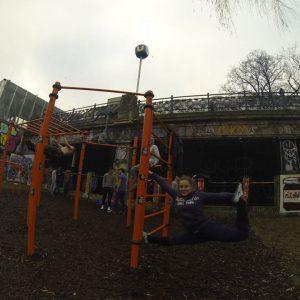 International Street Workout ISW - Vienna Austria - Roßauer Lände - Training - Calisthenics - Das Leben ist wie ein ausdrucksvoller Tanz – keiner darf merken, wie viel Kraft er dich kostet