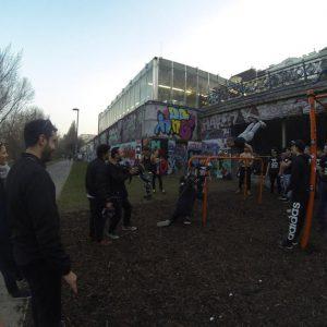 International Street Workout ISW - Österreich Wien - Vienna Austria - Roßauer Lände - Training - Calisthenics - Wer nicht die Kraft hat, sich selbst zu vollenden, kann auch anderen keine dauernde Hilfe bring
