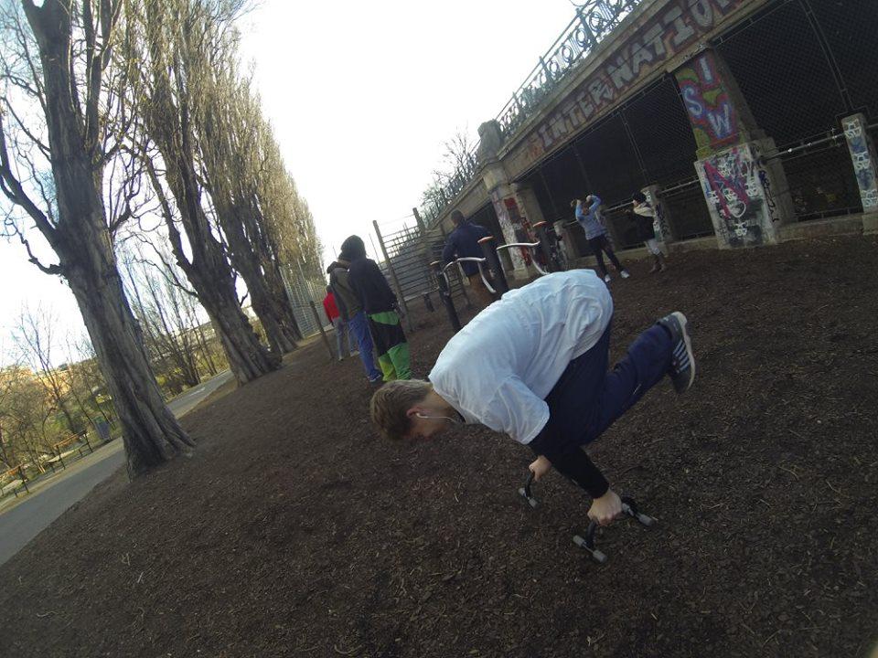 International Street Workout ISW - Vienna Austria- Training - Calisthenics - Gib mir die Kraft, die Armen nie zu verleugnen und meine Knie vor frecher Macht nie zu beugen
