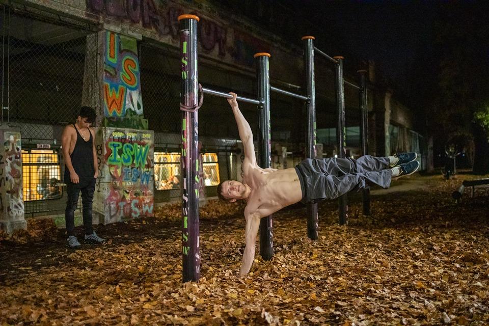 Der Mensch ist das denkende Tier - Oleksii Odnolkin - ISW - Street Workout - Calisthenics - International - Motivation - Vienna - Austria - Österreich - Wien - Roßauer Lände - Training - Outdoor - Gratis - Gemeinsam - Gewiss