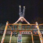 Mit dem Leben ist es wie mit einem Theaterstück; es kommt nicht darauf an, wie lang es ist, sondern wie bunt - Oleksii Odnolkin - ISW - Street Workout - - International - Motivation - Vienna - Austria - Österreich - Wien - Roßauer Lände - Training - Outdoor - Gratis - Gemeinsam - Gewiss