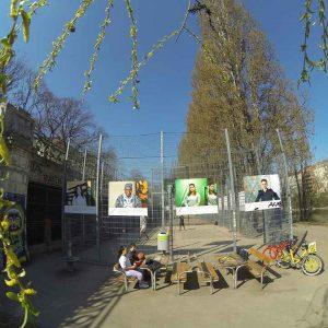 Kunst ist schön, macht aber viel Arbeit. Outdoor Ausstellung an Roßauer Lände Vienna Wien. Aleksandra Pawloff